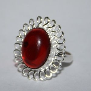Beautiful ruby red silver ring NWOT 8.5
